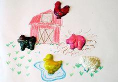 Barn Yard Crayons, http://www.weknowstuff.us.com #sensory #craft #kids