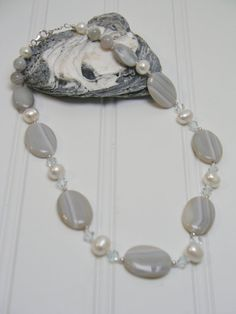 Agate and freshwater pearl necklace/ Hand-knotted freshwater pearl and agante necklace/Sterling Silver Necklace