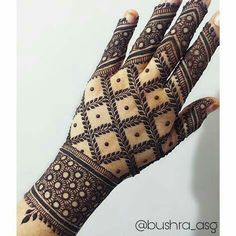 Best Indian Mehndi Designs - Mehndi or Henna is a form of body art based on dyes prepared from the plant called Lawsonia inermis. It is an immensely famous and widely used technique for adorning the body. Indian Mehndi Designs, Modern Mehndi Designs, Henna Art Designs, Wedding Mehndi Designs, Beautiful Mehndi Design, Latest Mehndi Designs, Mehndi Designs For Hands, Mehandhi Designs, Kurta Designs