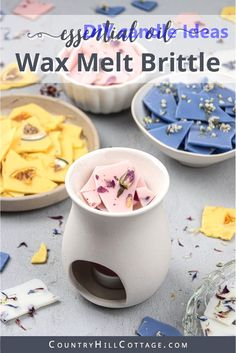 See how to make pretty DIY wax brittle! Homemade scented soy wax bark is an natural recipe to make your house smell amazing and provide relaxation. Learn the best wax melt hacks, different essential o Best Wax Melts, Diy Wax Melts, Scented Wax Melts, Diy Candle Melts, Diy Candles Easy, Soy Wax Candles, Diy Candle Ideas, Candle Wax, Candle Packaging