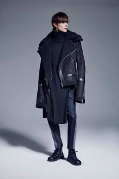 c1072fdc8307 Challenging The Status Quo  Byungmun Seo Fall Winter 2016 Collection Pitti  Uomo
