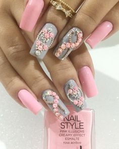 Pink and gray nail designs Gel Uv Nails, Gem Nails, Bling Nails, Pink Black Nails, Rose Gold Nails, Romantic Nails, Manicure E Pedicure, Pedicure Ideas, Dope Nails