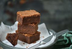 Brownie How To Make Cake, Brownies, Food And Drink, Sweets, Baking, Easy, Recipes, Cakes, Drinks