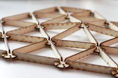 Se me ocurre usar el chorro de agua para crear las uniones entre las distintas aristas en la fabricación del domo geodesico