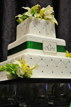 http://sweetcheeksbaking.com/wp-content/gallery/wedding-cakes/quilted-wedding-cake-web-size.jpg