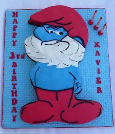 Papa Smurf cake
