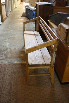 old wood bench. 84 cm x 147 cm L x 41 cm deep. 430€