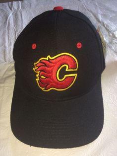 New NHL Zephyr Calgary Flames Hockey Stretch Fit Hat NWT Medium/Large 7 3/8 #Zephyr #CalgaryFlames