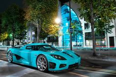 Koenigsegg - Loooooove the color! <3