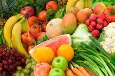 <p>Cascas podem ser usadas em casa, na comida ou como produto de beleza Após as refeições, a grande maioria das pessoas joga fora o que sobrou da comida. Isso acontece também após o consumo de frutas e demais vegetais. Mas já está se popularizando a ideia de que esses resíduos …</p>