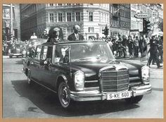 Königin Elisabeth Besuch in Hamburg Mercedes Foto 1965