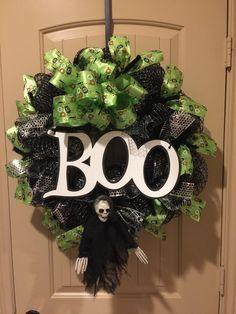 Skeleton Boo Wreath