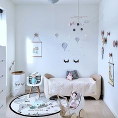 Scandinavian Inspired @LINNBP77 Instagram Profile You are goint to love it! http://petitandsmall.com/instagram-scandinavian-inspiration/