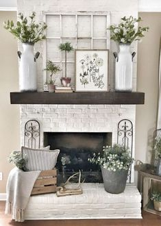 Farmhouse decoration for fireplace area. Nice and cozy. 2019 Farmhouse decoration for fireplace area. Nice and cozy. The post Farmhouse decoration for fireplace area. Nice and cozy. 2019 appeared first on House ideas. Pottery Barn Shelves, Pottery Barn Style, Lounge Decor, Room Decorations, Fireplace Decorations, Spring Decorations, Aquarium Decorations, Home Living Room, Apartment Living