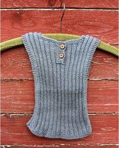 Bilderesultat for babystrik gratis Knitting Patterns Free, Knit Patterns, Free Knitting, Baby Knitting, Crochet Baby, Knit Crochet, Baby Barn, Foto Blog, Baby Vest