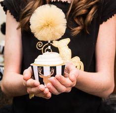 Modern Black + Gold Christmas Party via Kara's Party Ideas KarasPartyIdeas.com Cake, printables, decor, tutorials, desserts, recipes, and more! #christmas #christmasparty #modernchristmasparty #blackandgold #modernholidayparty #christmaspartyideas (5)