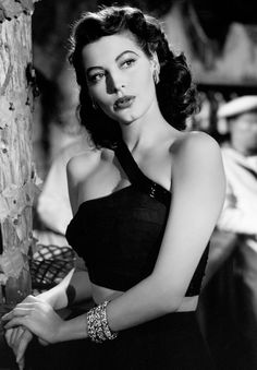 Ava Gardner -the most beautiful celebrity lips