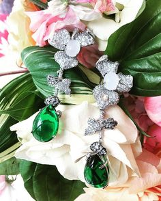 Luscious Emeralds, sultry moonstones and dazzling white diamonds . The Orchid Emerald Earrings ✨✨ #anabelachanjoaillerie