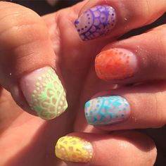 """Mi piace"": 38, commenti: 6 - Debora (@stabilmente_instabile) su Instagram: ""#selfmade #nostickers #nostamping #handdrawn #gelnails #gelnailart #gelcolors #nailart #nail #nails…"""
