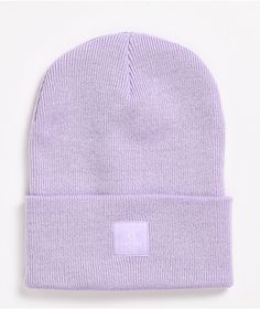 Put your best head forward with the Drone lavender fold beanie from Empyre! This soft, lavender beanie comes with a subtle lavender Empyre logo on the cuff for some branding points that won't break up the look, and the soft knit ensures you'll be able to live out your pastel dreams in comfort.
