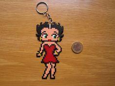 Betty Boop keyring hama mini beads by Regalitos curiosos                                                                                                                                                     Más