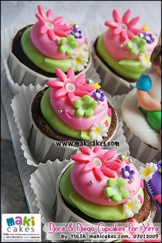 Cupcakes I want to try, check these out! Very fun, Dora cupcakes and perfect for a little girl's party!