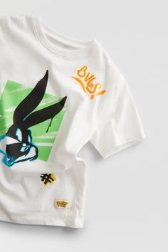 T-SHIRT BUGS BUNNY LOONEY TUNES © &™ WARNER BROS | ZARA Portugal Bugs Bunny, Looney Tunes, Zara Portugal, Disney Princess Cartoons, Animated Cartoon Characters, Geek News, Lizzie Mcguire, Funny Vines, Manga