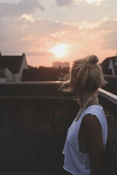 into the sun - by André Josselin // Urban photo