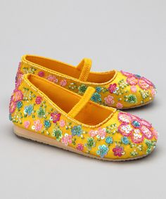 Take a look at this Yellow Flower Shower Flat on zulily today!
