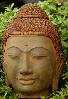 Large Buddha Head http://www.bighappybuddha.com/labuhe.html