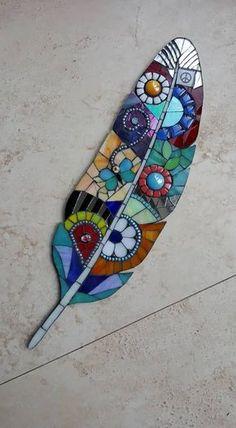Mosaic Garden Art, Mosaic Tile Art, Mosaic Artwork, Mosaic Crafts, Mosaic Projects, Stained Glass Projects, Stained Glass Patterns, Mosaic Patterns, Stained Glass Art