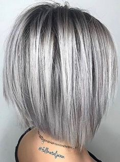 Try Out These Stacked Bob Haircut Ideas Shoulder length hair is the best you can opt for in case you like to experiment – Farbige Haare Medium Hair Styles, Curly Hair Styles, Grey Hair Styles For Women, Silver Hair Styles, Women Hair Cuts, Short Hair Cuts For Women Bob, Short Bob Styles, Short Hair With Layers, Layered Short Hair