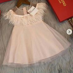 33 ideas fashion kids baby pants for 2019 Kids Outfits Girls, Girl Outfits, Fashion Outfits, Fashion Clothes, Cute Girl Dresses, Little Girl Dresses, Little Girl Fashion, Kids Fashion, Trendy Fashion
