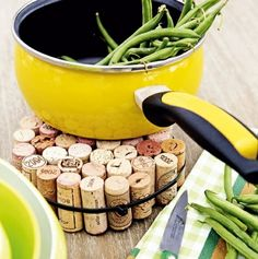 Diy kitchen improvements ideas on a budget - Little Piece Of Me Wine Cork Trivet, Intelligent Design, Home Hacks, Diy Kitchen, Fun Crafts, Repurposed, Easy Diy, Diy Projects, Homemade