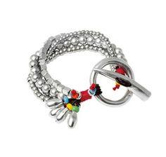"""Bracelet """"Asomando el colmillo"""" by the Spanish brand Uno de 50."""