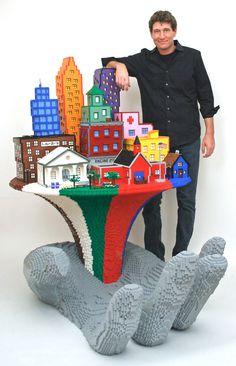 Esculturas realizadas con piezas lego por el artista estadounidense, Nathan Sawaya. http://blog.decorapolis.com/2013/01/22/esculturas-realizadas-con-piezas-lego-por-el-artista-estadounidense-nathan-sawaya/