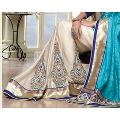 Fabulous Off White And Blue Jacquard #Saree #DesignerSarees #Wedding #BridalSaree #Fashion #Clothing