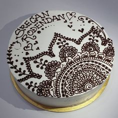 natalys_cookies's photo on Instagram. #Henna cake
