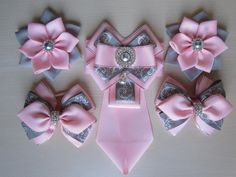 Lace Bows, Ribbon Bows, Diy Bow, Girl Hair Bows, Ribbon Crafts, Diy Flowers, Girl Hairstyles, Little Girls, Diy And Crafts