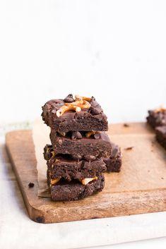 Healthy Double Chocolate Pretzel Brownies with Chocolate Ganache