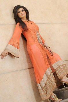 awesome New Bridal Mehndi Dress Latest Collection 2014 Asian Bridal Dresses, Bridal Mehndi Dresses, Indian Dresses, Pakistani Outfits, Indian Outfits, Pakistani Clothing, Western Outfits, Desi Clothes, Indian Clothes