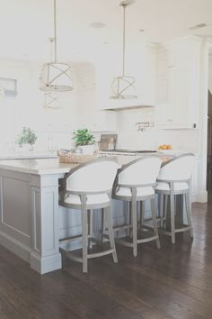 60 Kitchen Island Ideas Leaven Up Your Cookery White Kitchen, Kitchen Bar, Small Kitchen, Kitchen Remodel, Kitchen Decor, Kitchen Bar Stools, Kitchen Island With Seating, White Kitchen Island, Kitchen Design