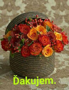 Orange Rose Bouquet, Orange Roses, Deco Floral, Floral Design, Floral Centerpieces, Floral Arrangements, Flower Arrangement, Amazing Flowers, Beautiful Flowers
