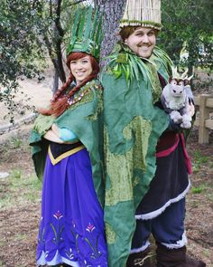 Pin for Later: 45 Anna and Elsa Costume Ideas For a Frozen Halloween Kristoff and Anna These cosplayers created incredible Kristoff and Anna troll wedding costumes. Disney Halloween, Disney Couple Costumes, Cute Couples Costumes, Cute Couple Halloween Costumes, Disney Couples, Easy Halloween Costumes, Cool Costumes, Costume Ideas, Halloween Stuff
