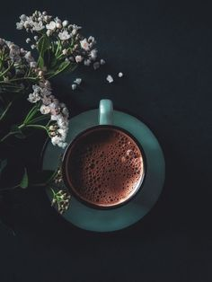 Image in Photography ? collection by Ãsôsh ❀ - photography, coffee e قهوة imagem no We Heart It - Image in Photography ? collection by Ãsôsh ❀ - photography, coffee e قهوة imagem no We Heart It - Coffee And Books, I Love Coffee, Coffee Break, Coffee Heart, Coffee Coffee, Coffee Maker, Krups Coffee, Diet Coffee, Cinnamon Coffee