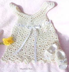Items similar to Crocheted Newborn Lace Sundress, Sandals Ecru Cotton Yarn on Etsy Newborn Crochet, Crochet Baby, Hand Crochet, Knit Crochet, Crochet Crafts, Sweater Hat, Toddler Sweater, Vogue, Hand Knit Scarf