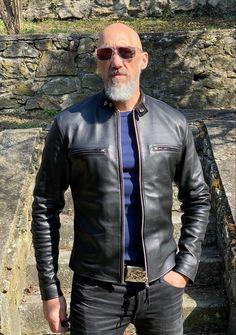 Men's Leather Jacket, Leather Jackets, Cafe Racer Jacket, Vintage Jacket, What To Wear, Menswear, Mens Fashion, Denim, Clothing