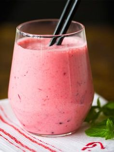 Healthy Smoothies, Healthy Drinks, Smoothie Recipes, Nice Cream, Sweet And Salty, Milkshake, Food And Drink, Yummy Food, Snacks