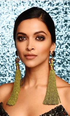 Deepika Padukone at t Indian Film Actress, Beautiful Indian Actress, Best Actress, Indian Actresses, Bollywood Celebrities, Bollywood Fashion, Bollywood Actress, Bollywood Makeup, Deepika Ranveer