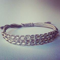 Micromacramè bracelet on Etsy, 6,00€
